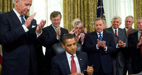 http://www.pakalertpress.com/wp-content/uploads/2012/02/Obama-Signed-Executive-Order-Declaring-War-On-Iran.jpg
