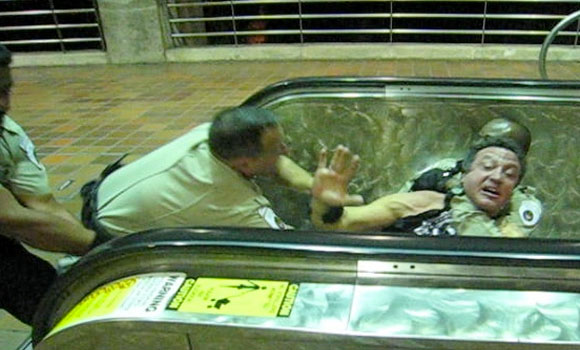 Video Photographer Attacked By Metro Security For Taking Pictures, Filming