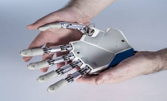 A sensational breakthrough the first bionic hand that can feel