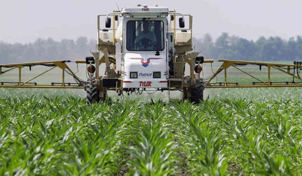 Monsanto drags over 400 U.S. farmers to court over GM seed patents When will Big Ag's corrupt reign end