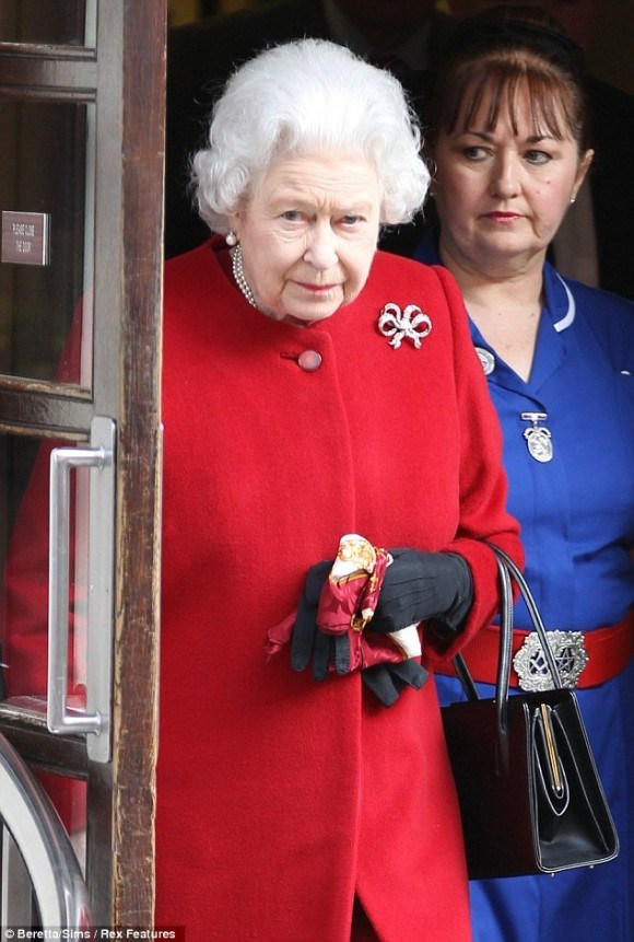 Why is Queen Elizabeth's Nurse Wearing a Masonic Belt