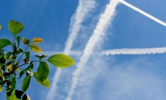 Chemtrails An Obvious Overhead Pollutant Ignored and Denied