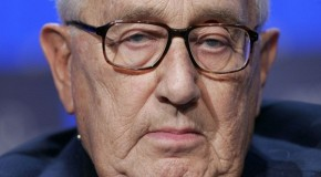 Henry Kissinger : Those Who Reject the New World Order are Terrorists