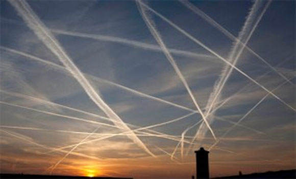 """""""Chemtrails Are Happening All Over The World"""" According to Former British Columbia Premier"""