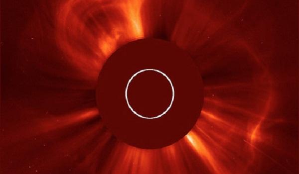 Sun dispara tempestade solar diretamente para a Terra