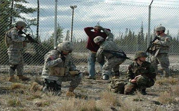 US SOLDIERS Expose Obama Martial Law Agenda Plans 2013