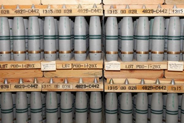 EUA exige Síria destruir as armas químicas Lickety-Split, mas diz que precisa de Décadas para eliminar com segurança seu próprio Chem