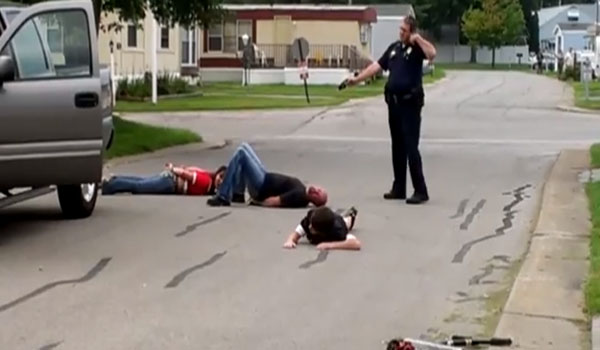 Video Cop Caught on Camera Terrorizing Family in Bizarre