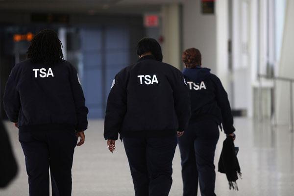 TSA Air Marshal Arrested For Taking Upskirt Photos of Passengers