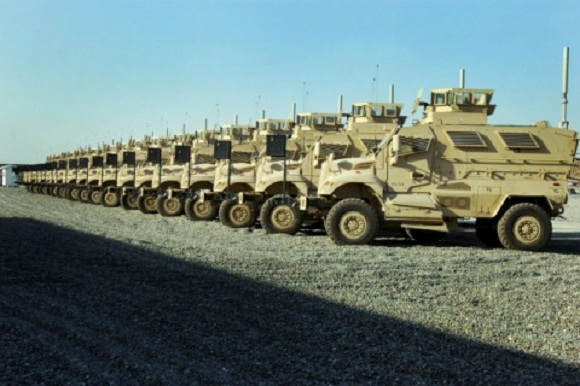 Video Alleges 100 UN Marked MRAPS Deploy on U.S. Soil , FEMA Prepares For Unrest!
