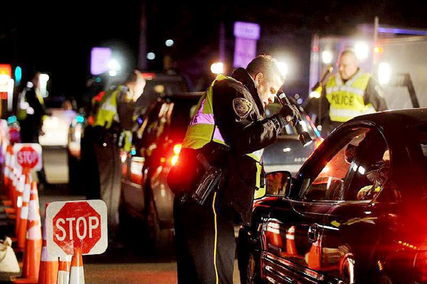 Federal contractors set up roadblocks in 30 U.S
