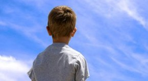 A Child Reports On The Chemtrailed Morning Sky In New Zealand