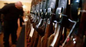 "Connecticut Gun Owners Fail to Register; Officials Push ""Amnesty"""