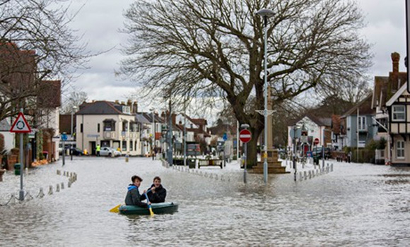 World begins 2014 with unusual number of extreme weather events