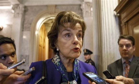 Feinstein accuses CIA of 'intimidating' Senate staff over torture report