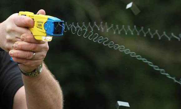 Met police Taser use on UK kids soars six-fold