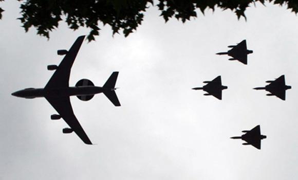 NATO to fly AWACS over Poland, Romania to monitor Ukraine crisis