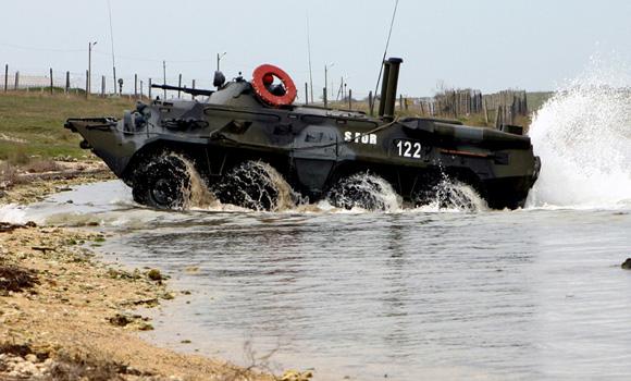 US Sends Warships To Crimea, Hundreds Of NATO Troops Land In Western Ukraine