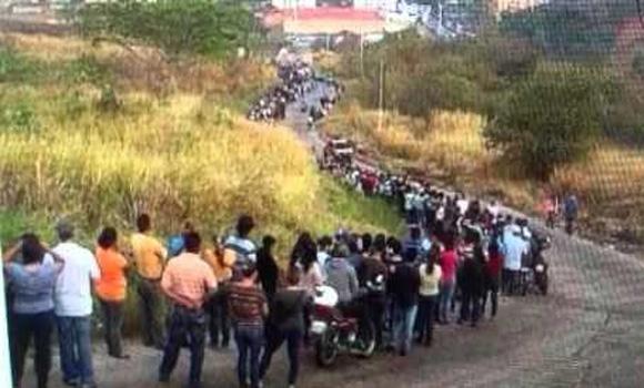 Venezuela Enforces Fingerprint Registry to Buy Groceries What to Do Before Rationing Starts in America