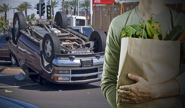 Onlookers steal groceries from SUV after driver dies in fatal crash - a shocking glimpse into the coming food riots