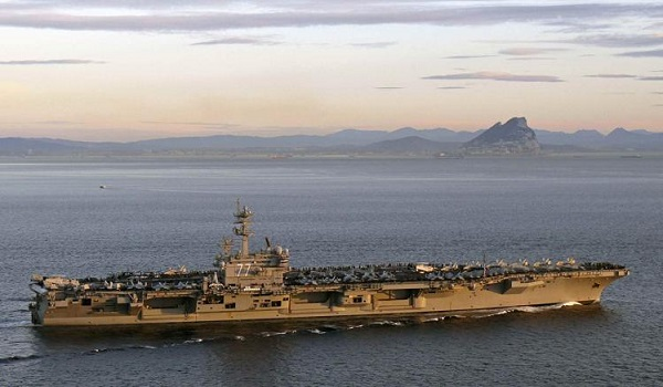 Pentagon orders aircraft carrier to Gulf to add Iraq military option