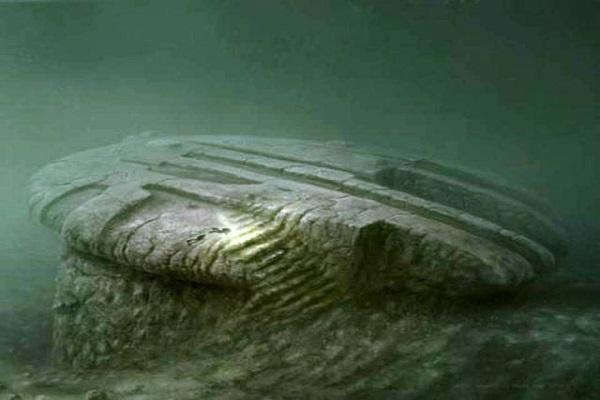 UFO Descubierto - The Baltic Sea Anomalía - Todavía no creo en OVNIS - Watch This