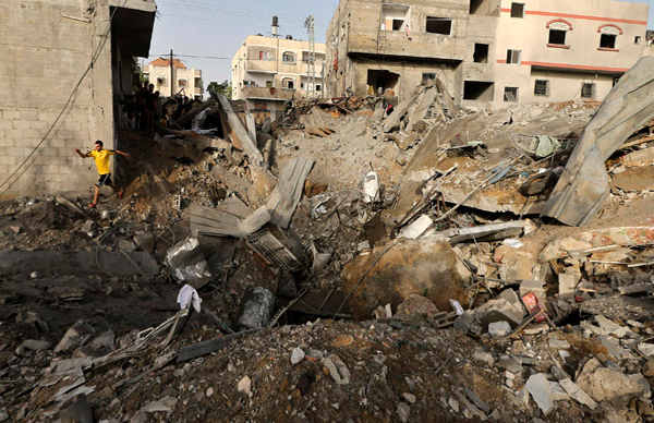 Video Israeli 'knock on the roof' bombing technique caught on film