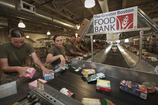 Study Finds 25 of Troops Use Food Banks