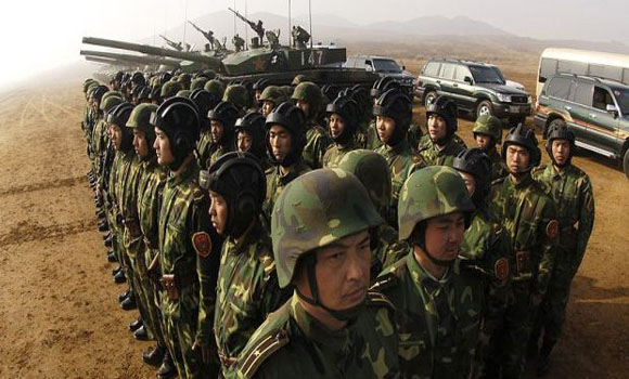 Report China Moves 12,000 Troops to Russian Border