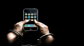 The Apple Company Helps Cops To Hide 'Police Brutality'