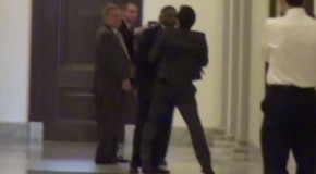 Harry Reid bodyguard attacks journalist for questioning the Senators net worth