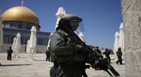 Israel bans Palestinians from entering al-Aqsa Mosque
