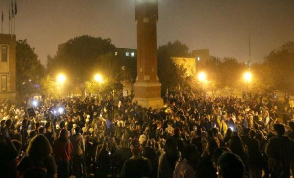 US police arrest 50 protesters in Ferguson