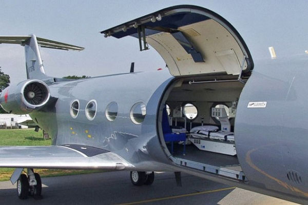 Did the U.S. Just Secretly Fly in an African Ebola Patient