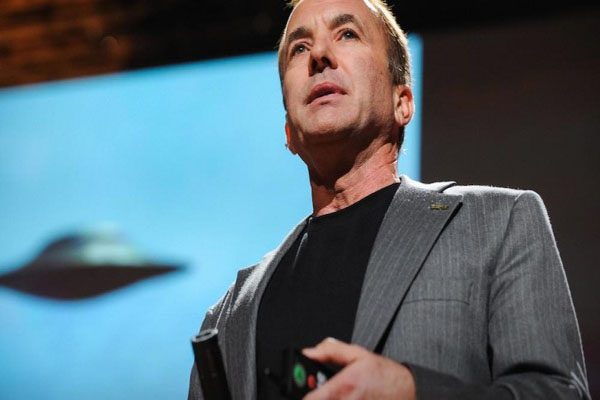 Founder Of Skeptic's Society Rattled After Witnessing A Paranormal Event (Michael Shermer)