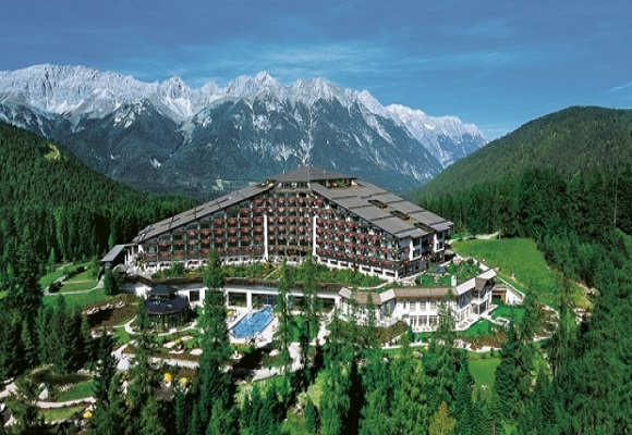 Report Bilderberg 2015 Location Discovered