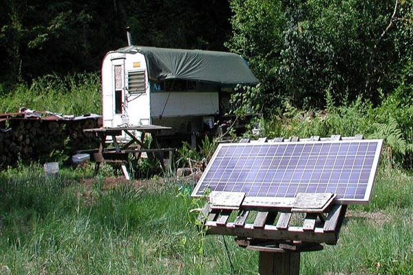 """Camping"" on Your Own Land is Now Illegal — Gov't Waging War on Off-Grid Living"